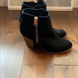Aldo booties, size 8.5. Excellent condition